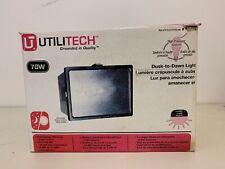 Utilitech Dusk-To-Dawn Light 70 W Model UT-5677-BZ