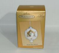 2005 Hallmark Keepsake Snow Day Magic Club Exclusive Ornament