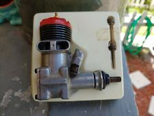 #EXCELLENT VINTAGE  McCOY NEW OLD STOCK 35 RED HEAD Glow ENGINE NEVER USED