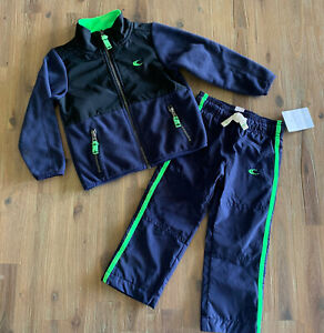 Boy Carters 2 Piece Fleece Jacket 3T (preowned) And Pants 2T (NWT)