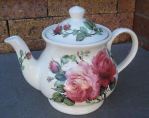 Sadler Windsor Four Cup Roses Teapot Roy Kirkham Design Made in England