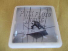 PINK FLOYD WORKS  ALBUM COVER    BADGE PIN