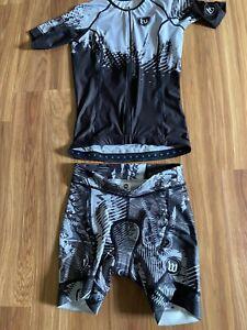 New Wattie Ink Women's Short Sleeved Triathlon Aero Top and Bottoms