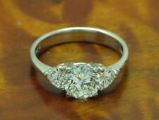 900 PLATIN RING MIT 1,25ct BRILLANT & 0,50ct DIAMANT BESATZ / RG 53,5 / 4,4g