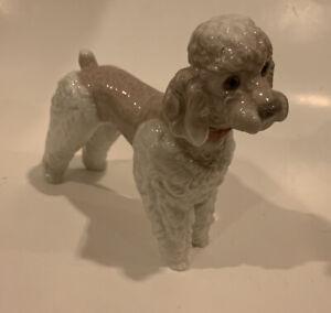 Lladro 1259 Woolly Dog, Poodle Standing Retired. (No Box)