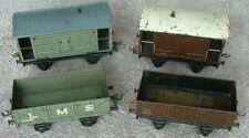 Bassett Lowke 0 Gauge wagons and brake vans (x4)
