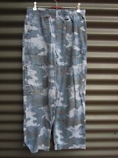 The Children's Place Girl's Blue Camoflague Pants Tie Up And Stretch Waist
