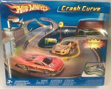 Hot Wheels Crash Curve Racetrack (Car Included) NEW NIP