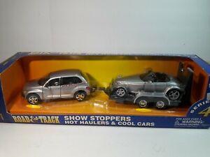 1/24 DieCast Maisto Road & Track Show Stoppers  Chrysler PT Cruiser & Prowler