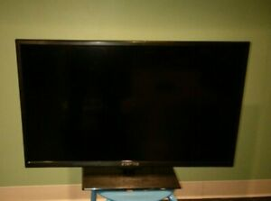 SCEPTRE 32 IN TV (PARTS ONLY)