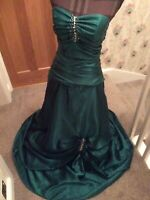 Ladies Beautiful Green Custom-made Prom Evening Dress Size 10