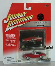Johnny Lightning 2001 Photodesign Art Cars 1966 Jaguar E-Type Convertible 1:64 B