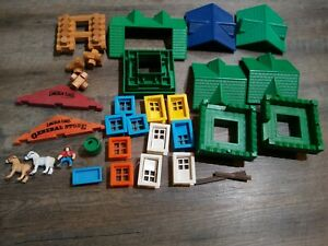 500 Wood Lincoln Logs Wooden Building Blocks Roofs Animals Castle Windows