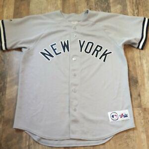 VTG Majestic New York Yankees Derek Jeter #2 Gray Baseball Jersey Mens M Sewn