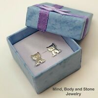 Girls Sterling Silver Kitty Cat Pet Animal Earrings Studs with a Gift Box