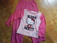Hello Kitty Schlafanzug 2 Teiler Pyjama rosa Größe 122 / 128 Sanrio