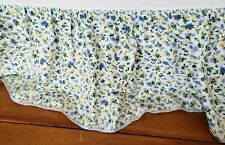 """Laura Ashley  Floral White Polyanthus Priory Queen Bedskirt 15"""" Drop"""