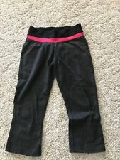 Puma Women's Black Gray and Pink Knit Exercise Pants/Capri'S size Small