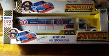 RICHARD PETTY TEAM TRANSPORTER 1:64 SCALE (Vtg) Road Champs Ltd Racing