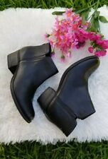 Clarks Artisan Black Leather Ankle Boots Women's Sz.6.5 Zipered