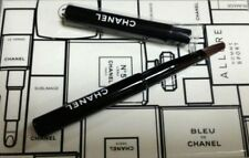 2 pcs Chanel 2017 New Revamp Exquisite Mini Lip Brushes Eye Shadow Simple Gift