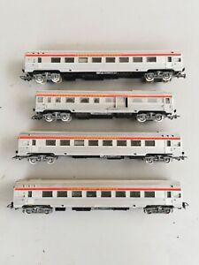 Lot de 4 wagons voyageurs Jouef ho 1,87