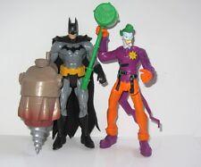 Conjunto de juguete figura de Batman y Guasón (batman con batdrill Vs El Guasón Con Martillo)