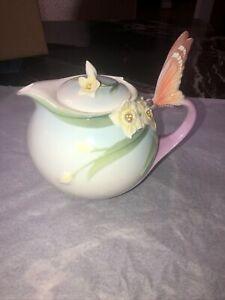 Franz Porcelain Papillon Butterfly Teapot - XP1878 Never used