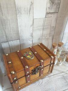 Hogwarts mini Potion Bottles horcrux jewels necklace potter box chest.