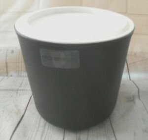 Carlisle Coldmaster® Coldcrock includes Coaster 2 qt Black CM103003