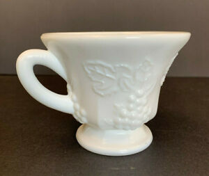 """Milk Glass Grapes Teacup 2.75"""" Tall 3.5"""" Wide"""