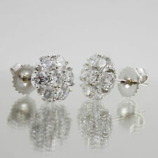 Diamond 2.80 Carat Round Shape Diamond 18k Gold Earrings Set