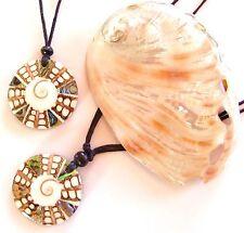 Modeschmuck-Halsketten mit Perlmutt-Hauptstein