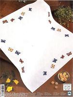 Permin Kit Broderie Point de Croix Compté Nappe Papillons - Tablecloth 90 x 90cm
