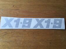"""NUOVA FIAT BERTONE X19 X1 / 9 COPPIA riproduzione """"X1.9"""" pilastro decalcomania logo NERO"""