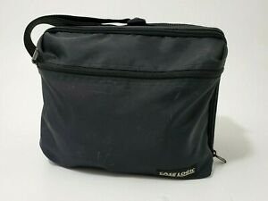 Case Logic CD Zipper Tote Carrying Case Holder Organizer Holds 30 CD Very Nice