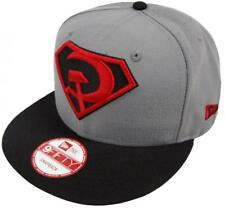 New Era Superman GRAPHITE ROUGE Son Rising Casquette Snapback 9FIFTY