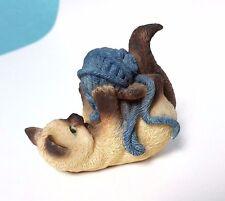 Cat Figurine Kitty playing with yarn Siamese Cat & blue yarn Smoky Mtn Cat House