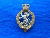 ORIGINAL EARLY ERII WRAC, WOMENS ROYAL ARMY CORPS BI METAL CAP BADGE, QC