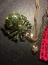 Betsey Johnson Crystal & GREEN spider Pendant Sweater chain necklace-BJ10572
