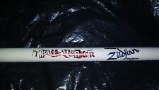 1 Blink-182 Drumstick Travis Barker White Signature Concert Tour Drum Stick