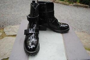 Boots, Kunstleder, Lack, Schwarz, Super Me, Gr. 38, neuwertig, Lagenlook