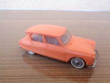 Norev France Ancienne voiture miniature Citroën Ami 6 1/43 D'origine Plastique