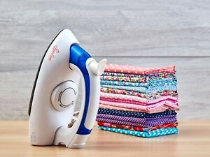 SEW EASY STEAM IRON NON-STICK SOLE PLATE 700W WITH FOLDABLE HANDLE TRAVEL– ER412
