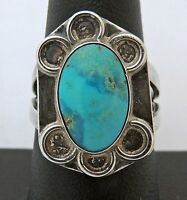 VINTAGE ESTATE Sterling Silver Hand Crafted TURQUOISE RING size 8