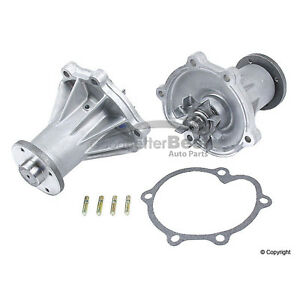 One New AISIN Engine Water Pump WPN089 210101P128 for Infiniti Q45