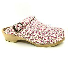 Hanna Andersson May Queen Leather Wood Clogs Flower Design | 8.5 Wide / 40 D
