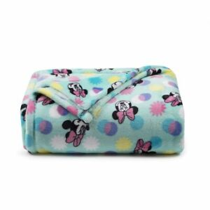 Disney's Minnie Mouse The Big One Oversized Supersoft Printed Plush Throw 5x6