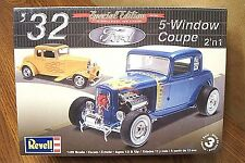 REVELL '32 FORD 5-WINDOW COUPE MODEL KIT 1/25 SCALE