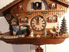 Kuckucksuhr Modell 481 QM 12 Melodien 26 cm hoch im Schwarzwald hergestellt